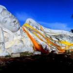พระพุทธไสยาสน์ ที่วัดโลกยสุธาราม จังหวัดพระนครศรีอยุธยา